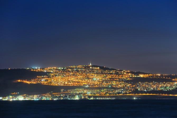 Фото: Галилейское или Тивериадское море, а также озеро Кинерет. Тут Иисус ходил по воде