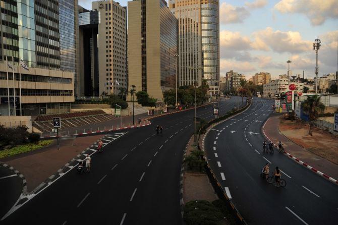 Фото: Пустые улицы и дороги на Йом Кипур